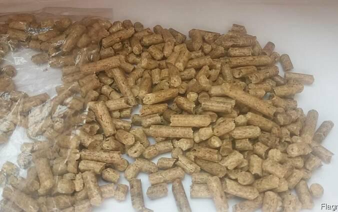 Пеллеты топливніе EN Plus A1 из сосны