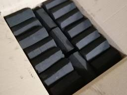 Briquettes de charbon de bois Pini Kay / Pini Kay houtskoolbriketten
